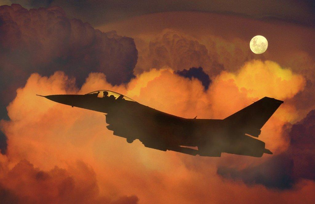Cette image a un attribut alt vide; le nom du fichier est airplane-659687_1920.jpg